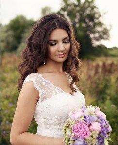 2356e4814edf79 Недорогі весільні сукні з Чернівців, сукні з Калинівського ринку ...