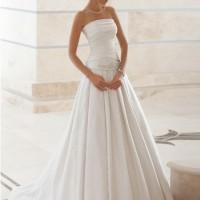 Весільні сукні з відкритою спною фото