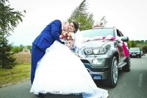 Украшение свадебных автомобилей |