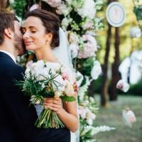kak_vybrat_tcvet_svadby11